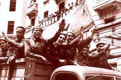 """El 24 de Junio de 1941  El Ministro Serrano Suñer :""""Camaradas: No es tiempo de discursos. Pero es el momento de que la Falange dicte su sentencia condenatoria: ¡Rusia es culpable! """"."""