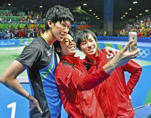 卓球男子団体では水谷隼・丹羽孝希・吉村真晴選手が銀メダルを獲得!日本男子卓球至上初の銀メダル!