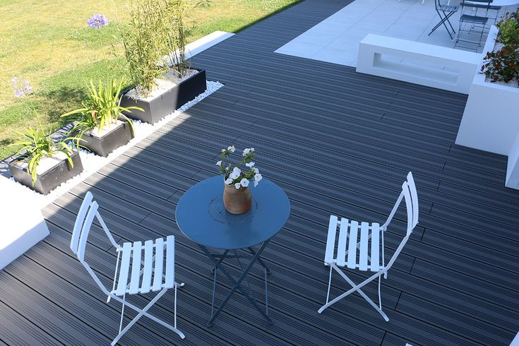 Ocewood®   terrasse composite optima   anthracite. crédits : seven ...