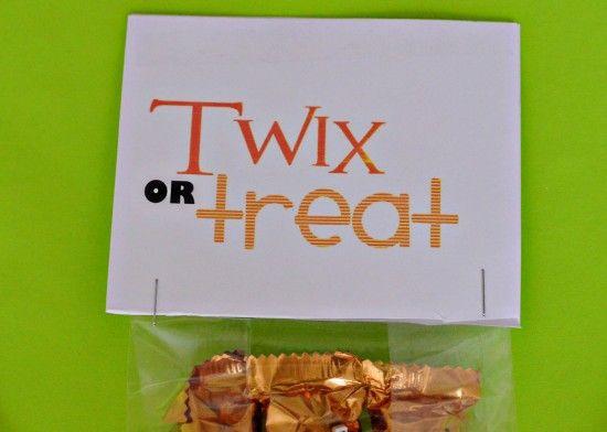 Twix Or Treat #HALLOWEEN #CLASSROOM TREATS