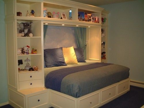 great for a small room. I would love this for Jessara. Takes care of the need for dressers and book shelves. LOVE