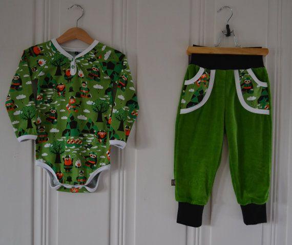 All handmade set of a bodysuit/onesie and velour by KoSforKids, kr565.00