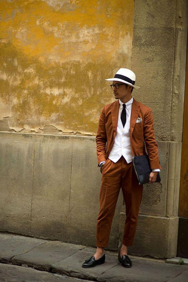 <結婚式 二次会 男性の服装カジュアル> 色のメリハリ◎
