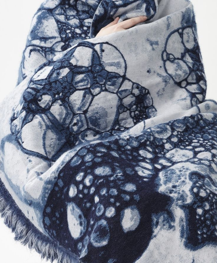 2015 woven mohair wool and cotton 200x160 cm made in Holland price upon request images by Rene Mesman sales by studio Sybrandy