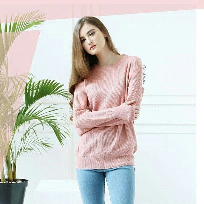 ✨Kode barang : Roundhand Sweater Dusty Pink ✨Price: 60k ✨Material: Soft knitt  #lacralin