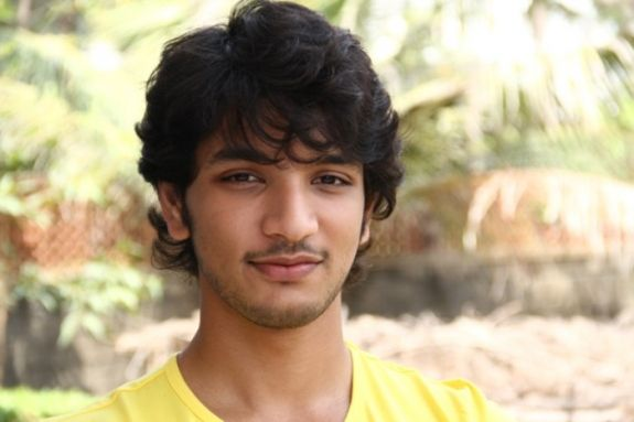 Gautham Karthik updates on his line-up!