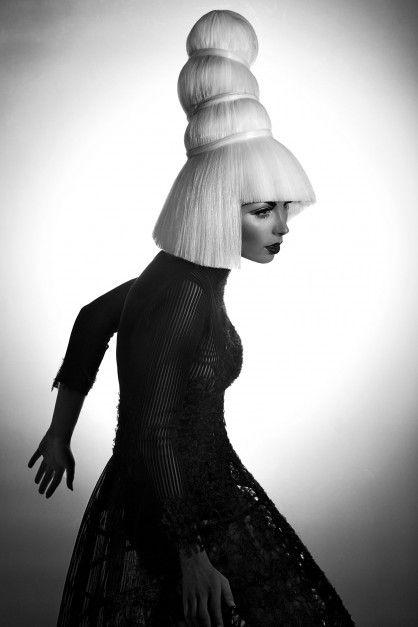 """parution Biblond """"Avant-Garde"""" Hair by Céline Antunes Design & Style Laura de Villebonne Photo Eric Ouaknine Make-up Stéphane Dussart Model Lucie Morais"""