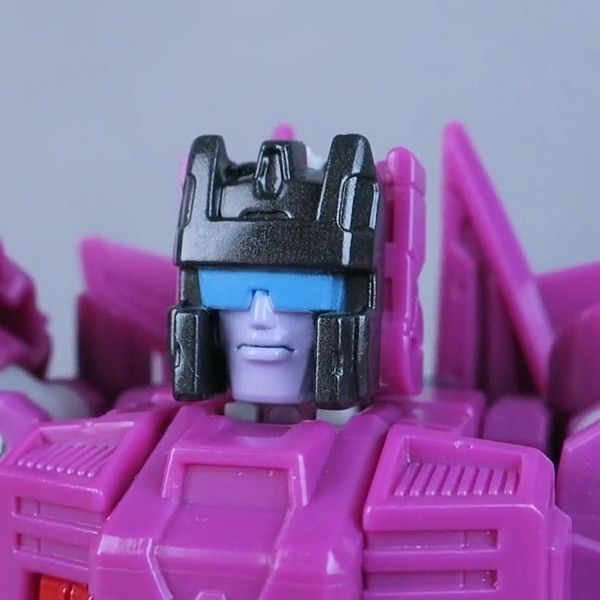 TFormers Reviews Misfire - Titans Return Deluxe Wave 5
