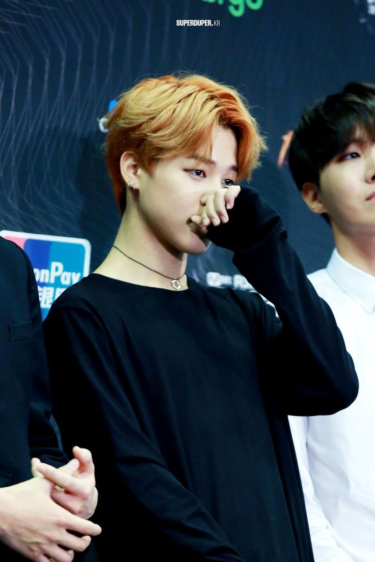 """Learn """"how to scratch your nose delicately"""" from the best ~ ChimChim"""