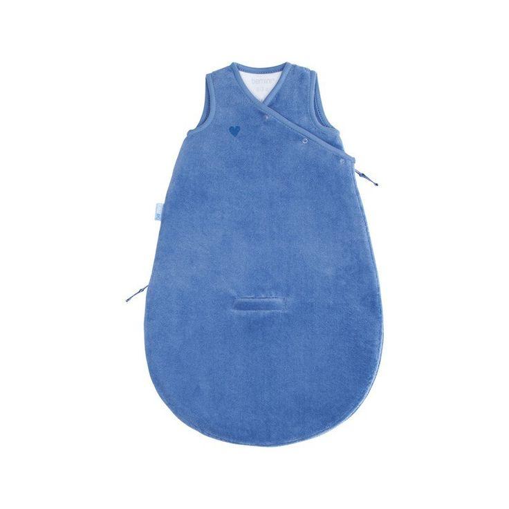 Jeans blauwe baby slaapzak Magic Bag 0-3 maanden zonder mouwen van het merk Bemini, vroeger babyboum. de slaapzak is vervaardigd uit een zacht bamboe materiaal dat antibacteriëel, hypoallergeen en ademend is.