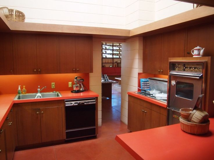 17 best images about usonian interiors on pinterest for Frank lloyd wright kitchen ideas