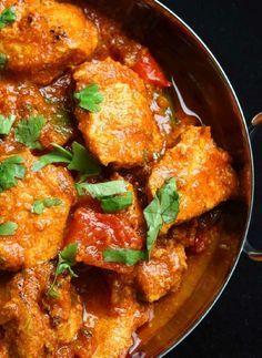 Low FODMAP Recipe and Gluten Free Recipe - Lighter chicken balti http://www.ibssano.com/low_fodmap_recipe_lighter_chicken_balti.html
