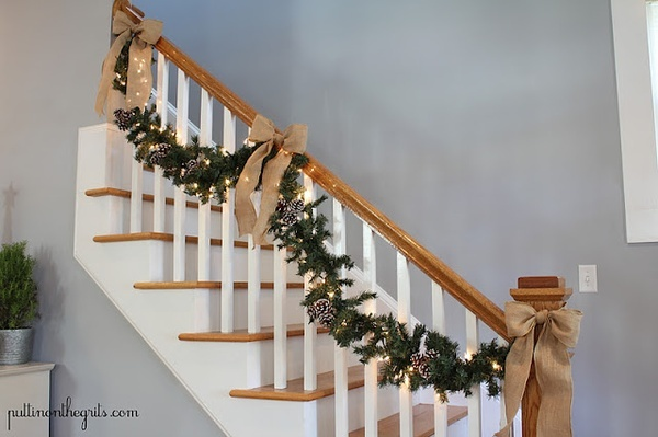 Staircase garland and burlap bows christmas pinterest for Hanging garland on staircase