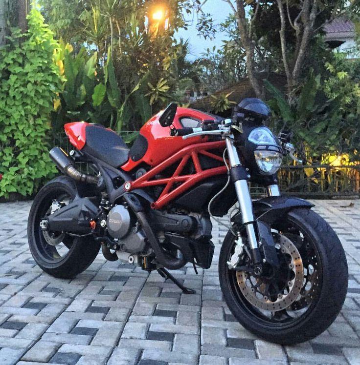 25+ best ideas about Ducati monster 696 on Pinterest ...