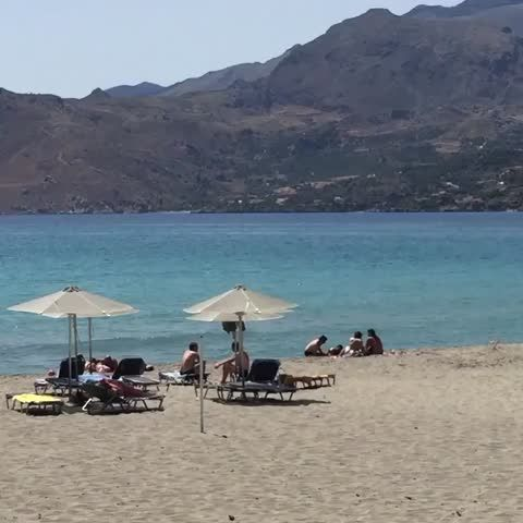 #Today at #Plakiassuites #Beach 🌞🌴🏊🏻 #LovinCreta ❤️ #Vine #Summer is here😎 #Greece 🇬🇷 #Eu #June