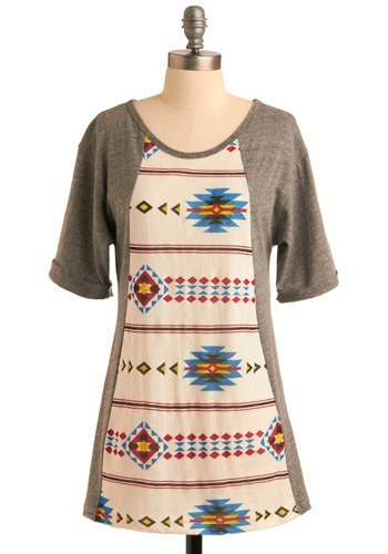 I would love to make a Tunic like this with a cool fabric from spoonflower