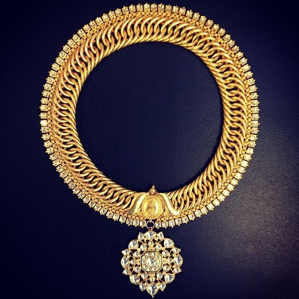 Amrapali gold diamond necklace