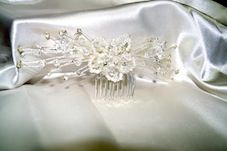 Bridal Hair Comb $25.50 (Rhinestones and Pearls - silver plated) at www.bonnybombons.com.au