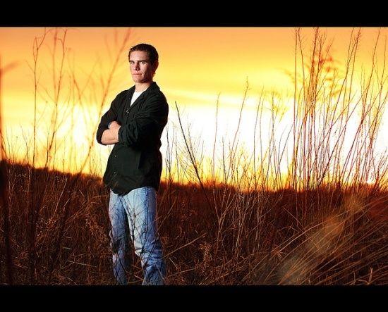 senior picture ideas for guys | Senior Picture Ideas For Guys | GUY SENIOR IDEAS / ... | Senior Portr ...