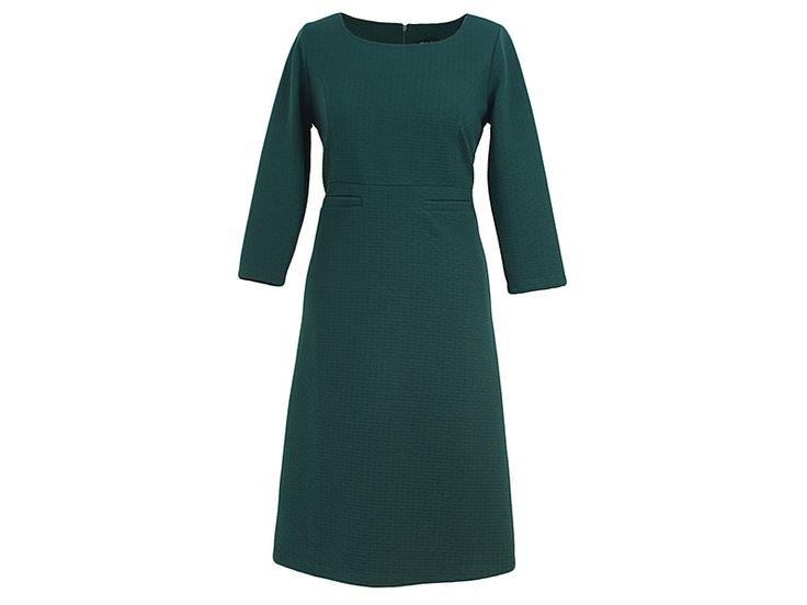 A-lijn jurkje van Zilch met een smalle taille en coupnaden. #zilch #zilchamsterdam #fashion #dress #structuur #textiel #mode #winter #collectie #outfitoftheday #design #weidesign #weidesignandmore #hipshopshaarlem #haarlem #conceptstore