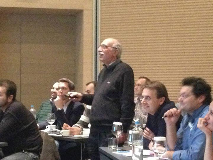 Ο Καθηγητής Ψυχιατρικής Νίκος Βαϊδάκης στο πρώτο σεμινάριο του κύκλου ΣΕΚΣ