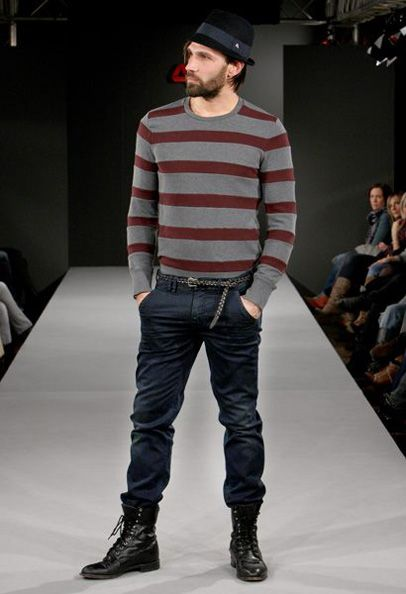 Should Men Wear Jeans Tucked into Boots? | Menu0026#39;s Fashion So Awesome | Pinterest | The outfit ...