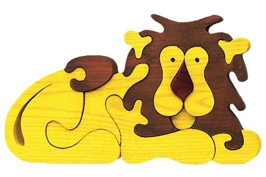 Lion Waldorf wooden puzzle made by hand of maple by Ludimondo