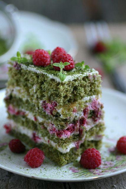 Matcha Green Tea and Raspberry Cake