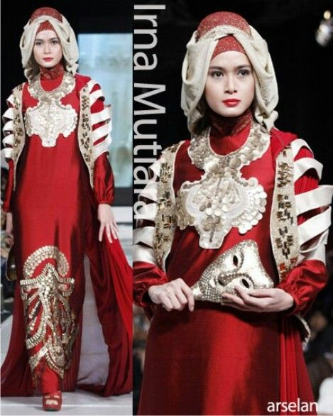 Irna la perle RED GOWN