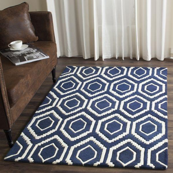Safavieh Handmade Chatham Dark Blue/ Ivory Wool Rug (7u0027 Square)
