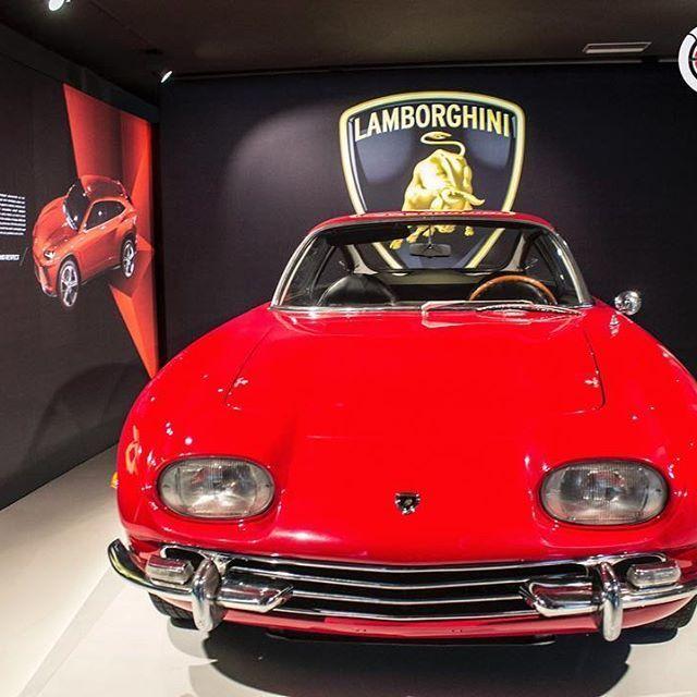 LAMBORGHINI 350GT | da la bienvenida en el Museo Lamborghini (junio 2017) #autonoble #supercar #cars #exoticcar #carlifestyle #lamborghini #lamborghiniclassic #museolamborghini #lamborghini350gt #classicar #photography #xmas #italy #carswithoutlimits #carsgram #autos #instagood #amazing #instacar #carsinmyway #millionaires #luxury #picoftheday #checklist #instacar #carlovers www.autonoble.mx Foto @nabaiza para Autonoble