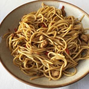 Receta de Pasta con pollo, verduras y soja