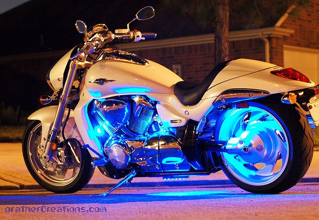 Icy Pearl (Suzuki M109 Boulevard) by airpanther, via Flickr