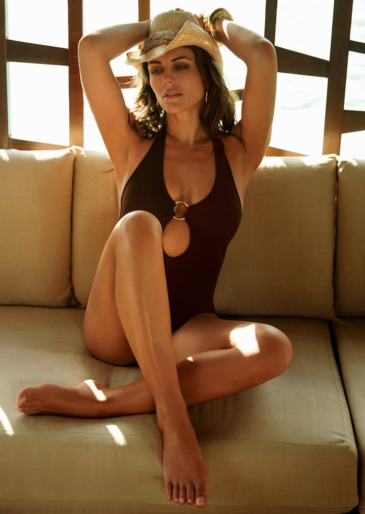 Liz hurley sexy photos-1177
