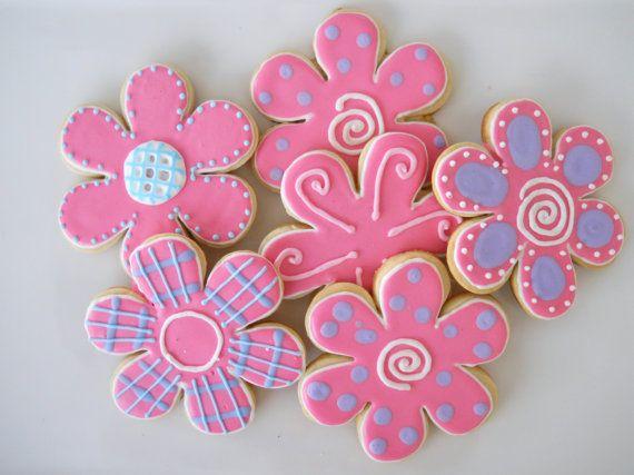 Pink and purple flower cookies