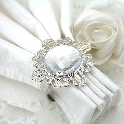 Alt til bryllupsbordet : Stoltrekk, serviettringer, gavebokser mm hos www.woweffekt.no