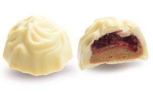 Конфеты ручной работы Frade ЭВЕРЕСТ Вершина у каждого своя. Ореховое пралине с белым шоколадом, дробленым орехом и вишневым джемом в восхитительном белом шоколаде - стоит попробовать!