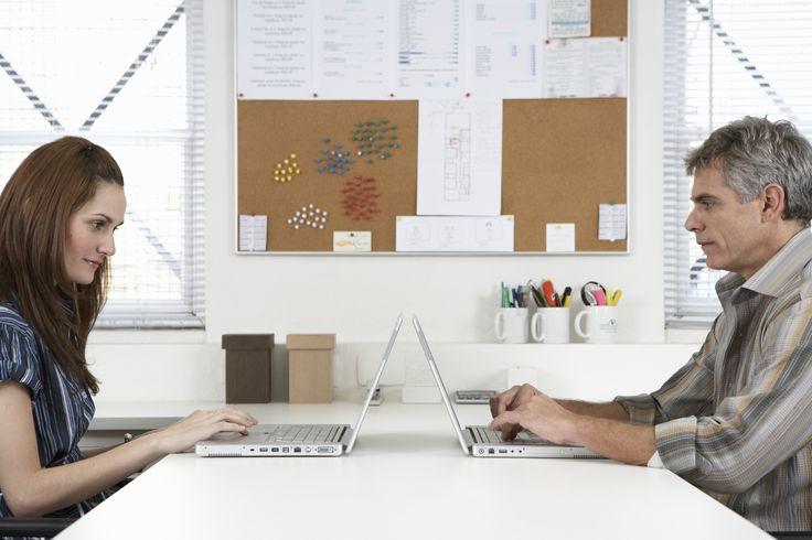 Ideias para quadros de avisos no local de trabalho