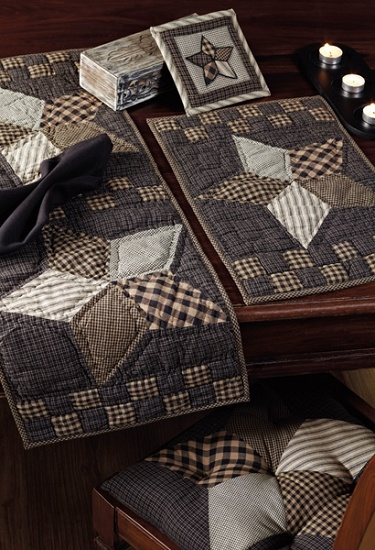 Farmhouse Star Quilted Placemat - Set of 2