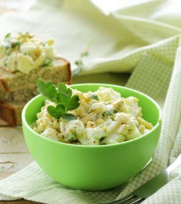 Aυγοσαλάτα με κάππαρη και αγγουράκι τουρσί | Γιάννης Λουκάκος