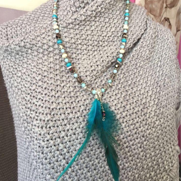 Een persoonlijke favoriet uit mijn Etsy shop https://www.etsy.com/nl/listing/520861033/necklace-gemstone-suede-silver-wood
