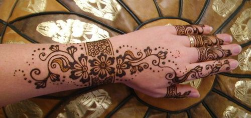 "Inspired by Love    Design based on Kiran Sahib's work from her book ""Love Mehndi"""
