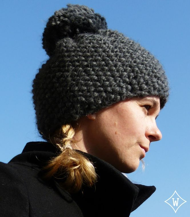 Un modèle de bonnet avec un gros pompon pour les grosses têtes comme la mienne !