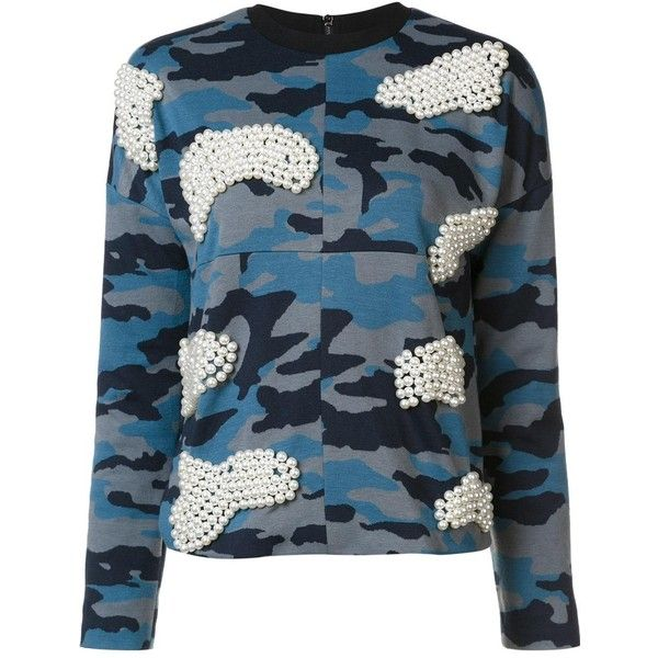 Maki Oh pearl and camouflage sweatshirt (£525) ❤ liked on Polyvore featuring tops, hoodies, sweatshirts, blue, camo sweatshirts, camo print top, camouflage sweatshirt, camouflage top and blue sweatshirt