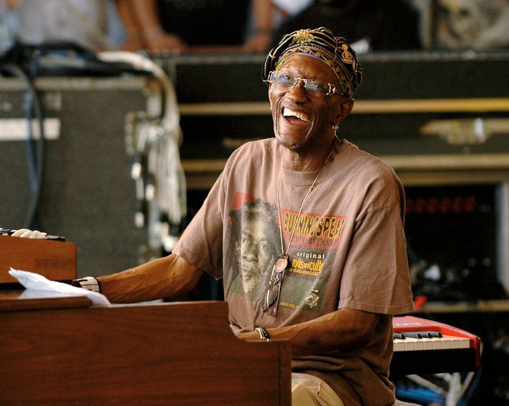 Mr. Worrell created indelible signatures on Parliament and Funkadelic songs while showing that synthetic sounds could be earthy and untamed.  Bernie Worrell passed away.  He was 72.