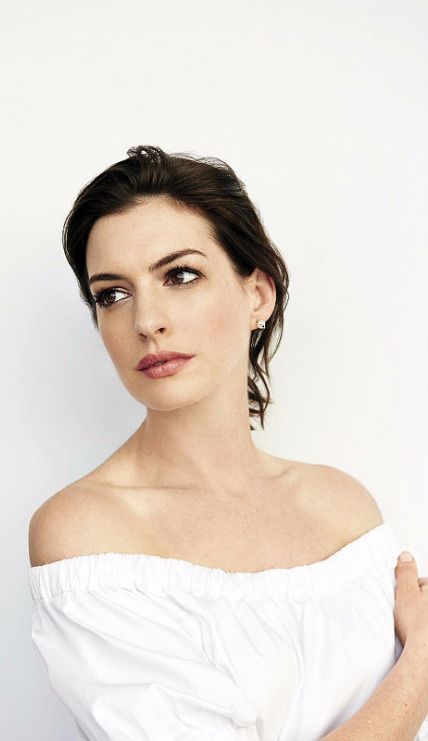 Anne Hathaway ♥                                                                                                                                                     More