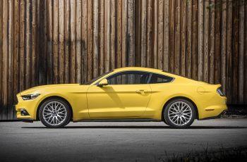 Ford Mustang EcoBoost Fastback EU-spec '2015–pr.