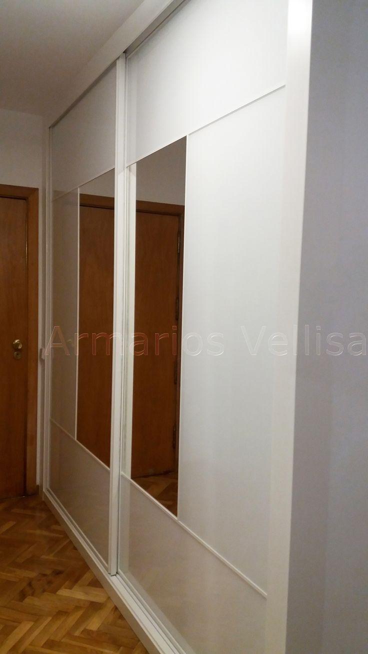 Las 25 mejores ideas sobre puertas de armario con espejos for Puertas blancas con vidrio