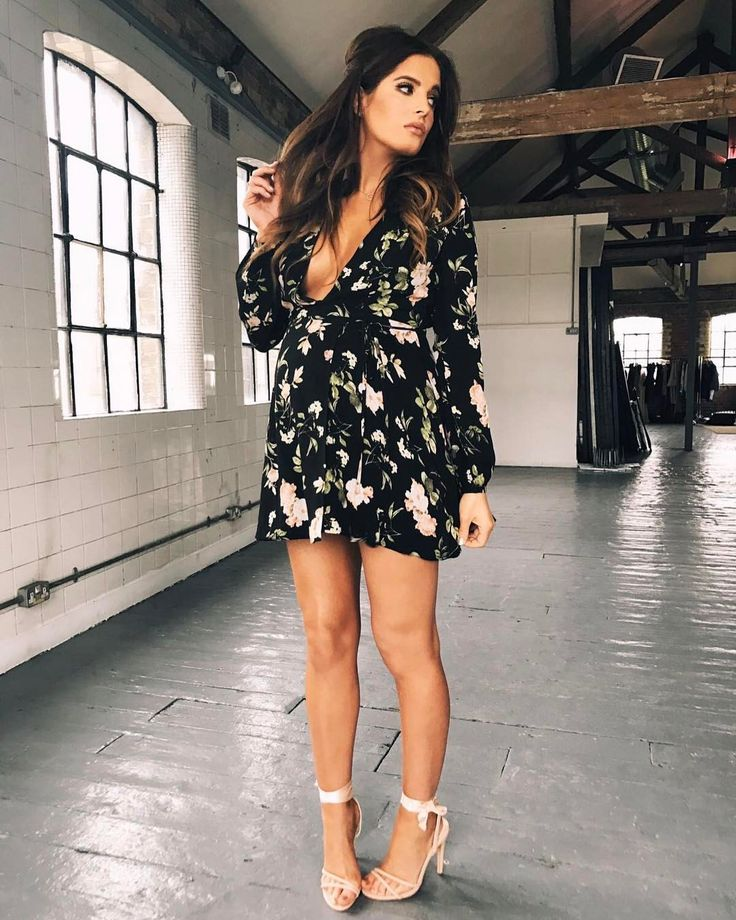 "13.6 mil curtidas, 44 comentários - Binky Felstead (@binkyfelstead) no Instagram: ""Bank holiday dress sorted @inthestyleUK Get it with FREE next day delivery until 9pm tonight """
