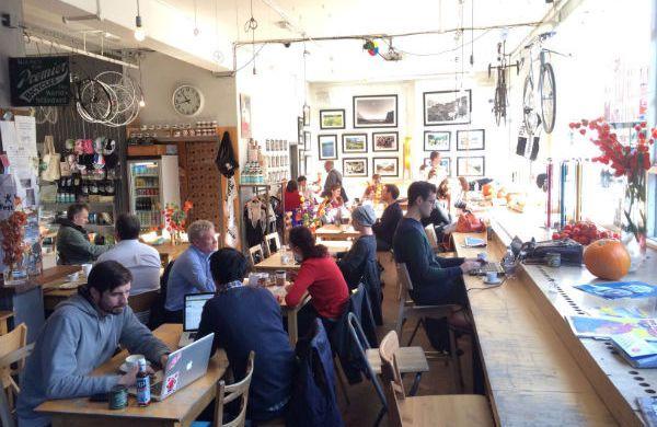 Quirkiest Cafes in London - Lady Dinah's Cat Emporium